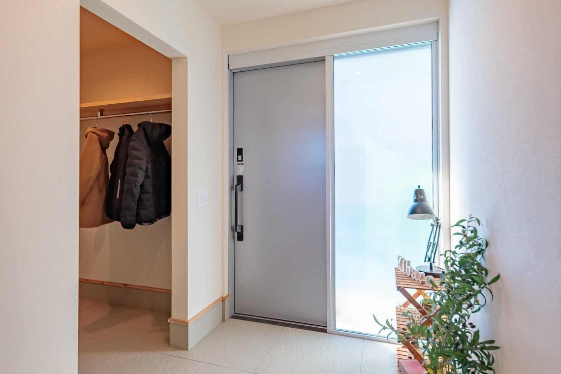 並木の家|玄関|特集|株式会社Kibaco