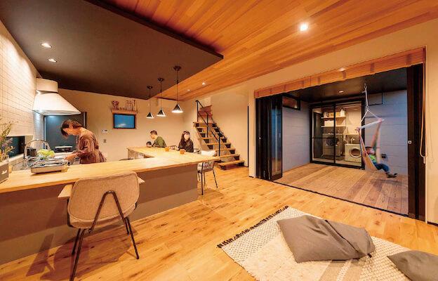 コの字型キッチンのある家|株式会社Kibaco